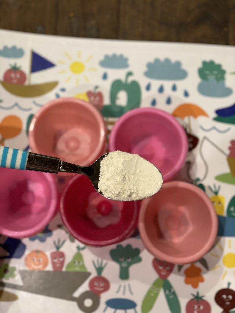 Spoon of flour